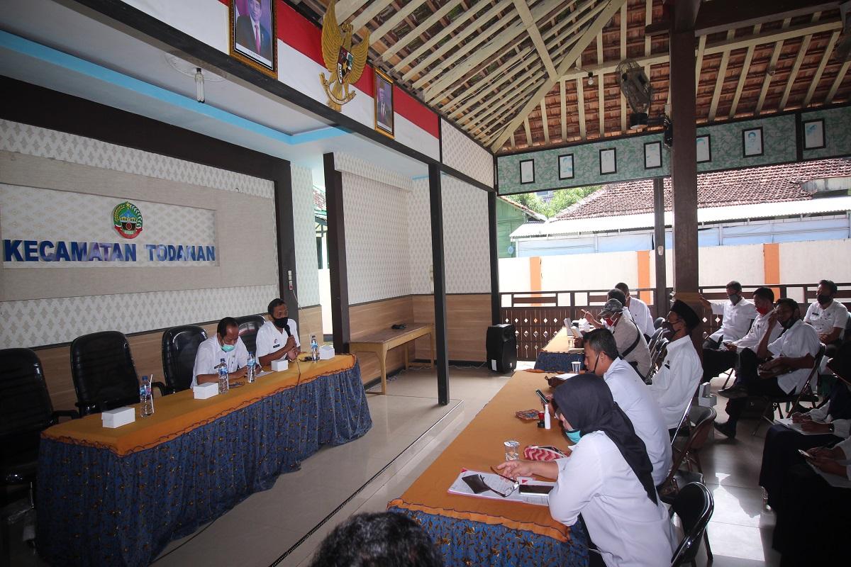 Kepala Dinkominfo Berikan Sosialisasi Mengenai Keterbukaan Informasi Publik