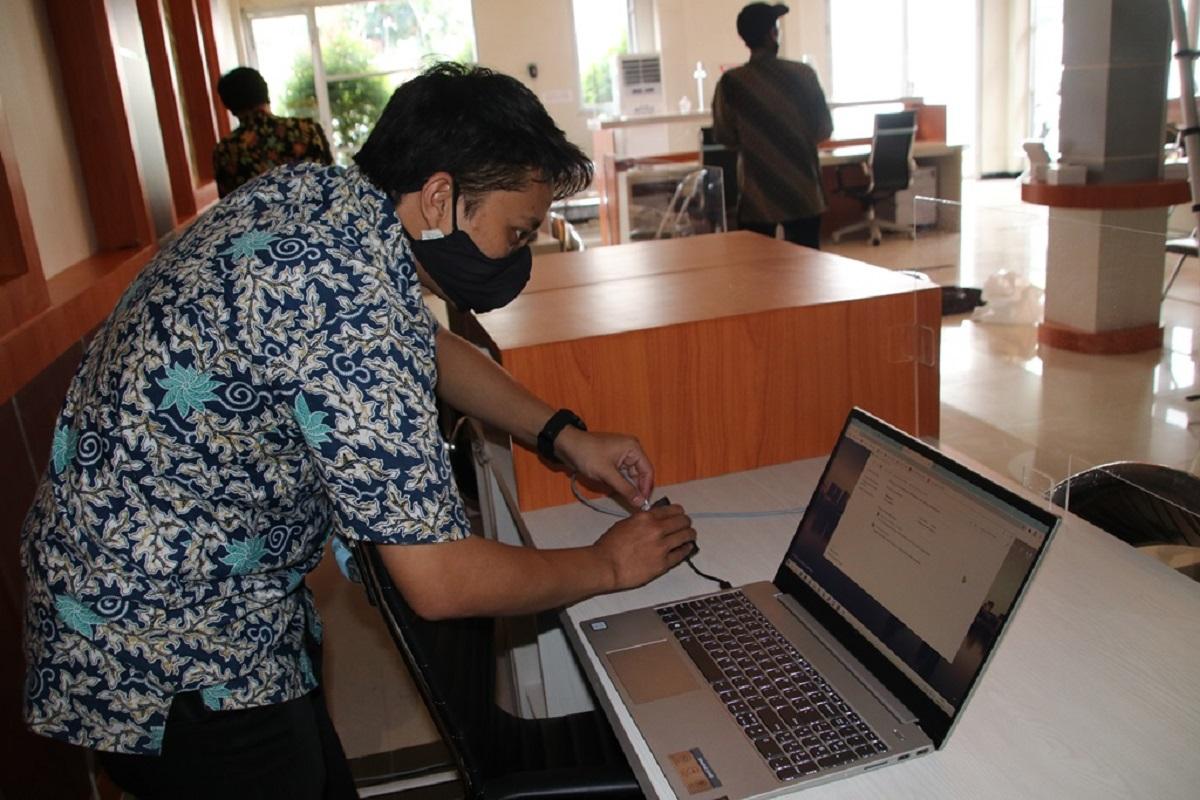 Benahi Instalasi Internet di Mall Pelayanan Publik
